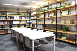 春田建設株式会社 会議室